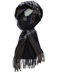 schwarzer Schal mit Schottenmuster