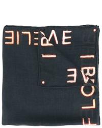 schwarzer Schal mit Sternenmuster