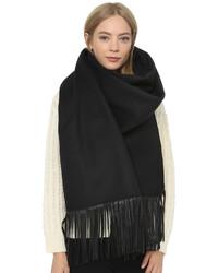 schwarzer Schal von Mackage
