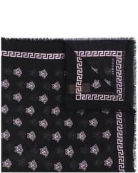 schwarzer Seideschal von Versace