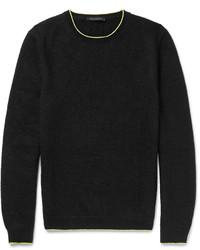 schwarzer Strick Pullover mit einem Rundhalsausschnitt