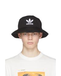 schwarzer und weißer bedruckter Fischerhut von adidas Originals