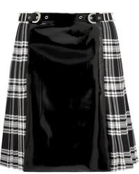 schwarzer und weißer Minirock mit Schottenmuster von Versace
