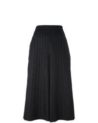 schwarzer und weißer vertikal gestreifter Hosenrock