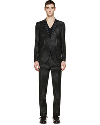 schwarzer vertikal gestreifter Anzug von Givenchy