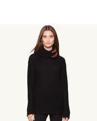 schwarzer Wollrollkragenpullover