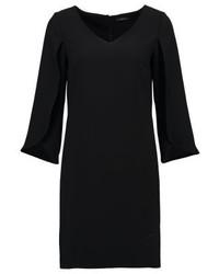 schwarzes ausgestelltes Kleid von KIOMI