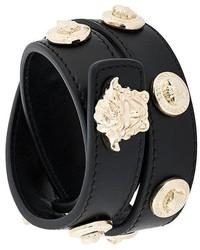 schwarzes beschlagenes Lederarmband von Versace