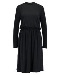 schwarzes Freizeitkleid von Vero Moda