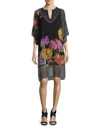 schwarzes gerade geschnittenes Kleid aus Chiffon mit Blumenmuster