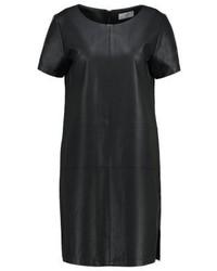 Schwarzes Gerade Geschnittenes Kleid aus Leder von Minimum