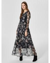 schwarzes Maxikleid mit Blumenmuster von Selected Femme