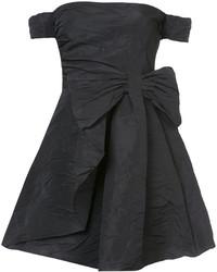 schwarzes schulterfreies Kleid von RED Valentino