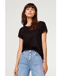 schwarzes T-Shirt mit einem Rundhalsausschnitt von Esprit