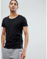 schwarzes T-Shirt mit einem Rundhalsausschnitt von Jack & Jones