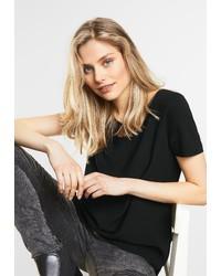 schwarzes T-Shirt mit einem Rundhalsausschnitt von STREET ONE