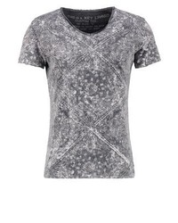 schwarzes T-Shirt mit einem Rundhalsausschnitt mit Paisley-Muster von Key Largo