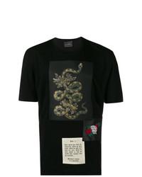 schwarzes T-Shirt mit einem Rundhalsausschnitt mit Schlangenmuster von John Richmond