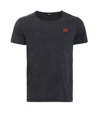 schwarzes T-Shirt mit einem Rundhalsausschnitt von KINGKEROSIN