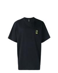 schwarzes T-Shirt mit einem Rundhalsausschnitt von Puma