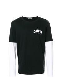 schwarzes und weißes bedrucktes Langarmshirt