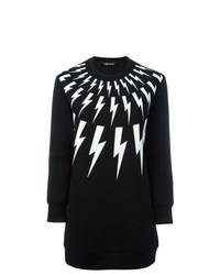 schwarzes und weißes bedrucktes Sweatshirt