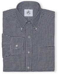 schwarzes und weißes Businesshemd mit Vichy-Muster
