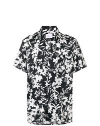 schwarzes und weißes Kurzarmhemd mit Blumenmuster