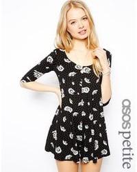 schwarzes und weißes schwingendes Kleid mit Blumenmuster von Asos Petite