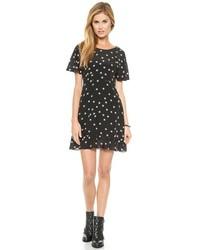 schwarzes und weißes Skaterkleid mit Sternenmuster