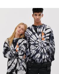schwarzes und weißes Sweatshirt mit Batikmuster