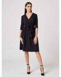 schwarzes Wickelkleid von Usha