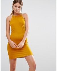 senf Samt figurbetontes Kleid von Missguided