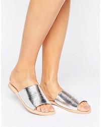 silberne flache Sandalen von Boohoo