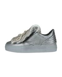 silberne Leder niedrige Sneakers von Donna Carolina