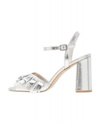 silberne Leder Sandaletten von New Look