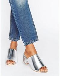 silberne Pantoletten von Boohoo