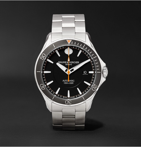 silberne Uhr von Baume & Mercier