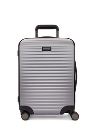 silberner Koffer
