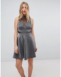 silbernes ausgestelltes Kleid von New Look