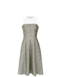 silbernes ausgestelltes Kleid von Olympiah