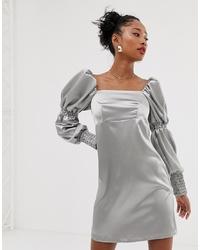 silbernes gerade geschnittenes Kleid von Reclaimed Vintage