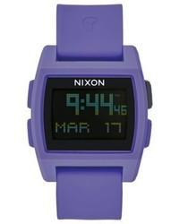violette Uhr von Nixon