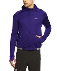 violetter Pullover mit einem Kapuze