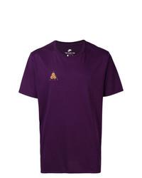 violettes bedrucktes T-Shirt mit einem Rundhalsausschnitt von Nike