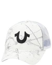 weiße bedruckte Baseballkappe