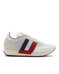 weiße bedruckte niedrige Sneakers von Moncler