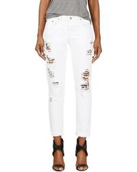 weiße Boyfriend Jeans mit Destroyed-Effekten