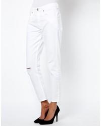 weiße Boyfriend Jeans mit Destroyed-Effekten von French Connection