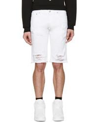 weiße Jeansshorts mit Destroyed-Effekten